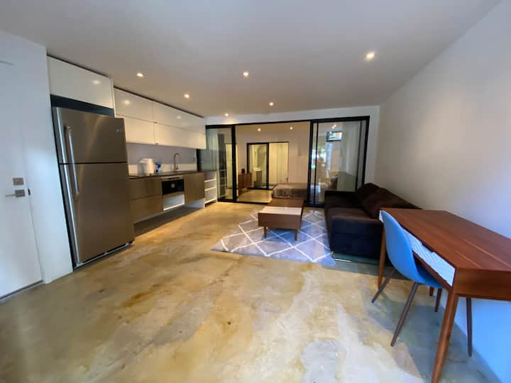 Charming & Modern Space with High-end Amenities 🙌🏻