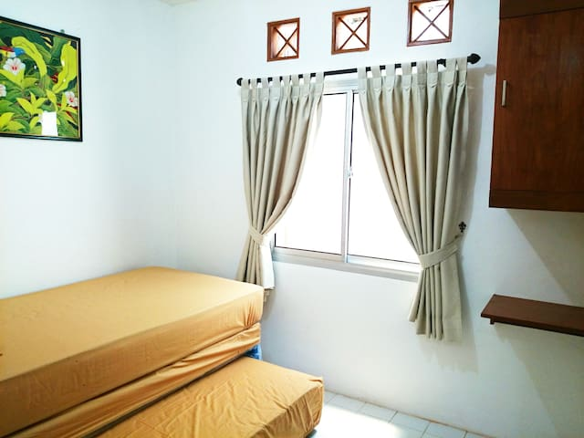 immersion to the local people - Bogor - Bed & Breakfast