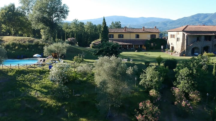 """Lillà"" tra i vigneti dell'Alta Toscana"