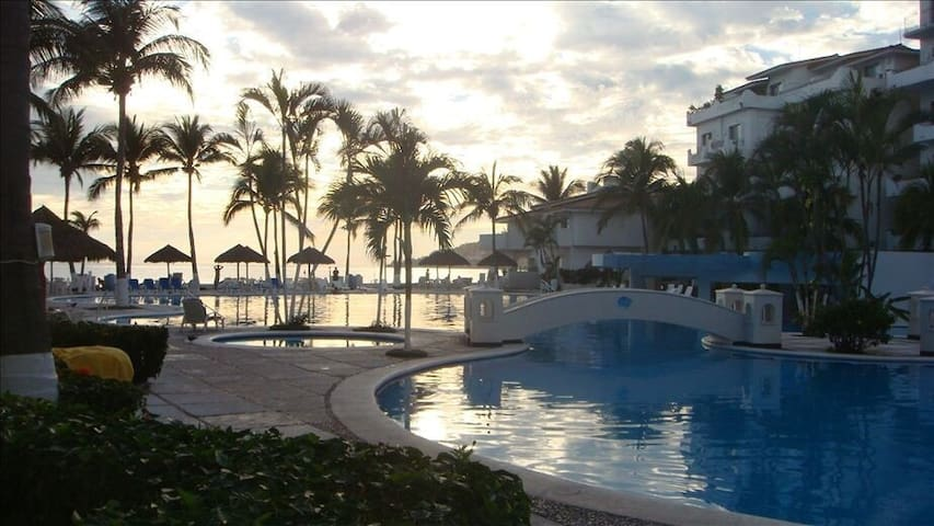 Villa de lujo a orilla de playa - Manzanillo - Apartament