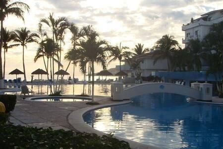 Villa de lujo a orilla de playa - Manzanillo - 公寓