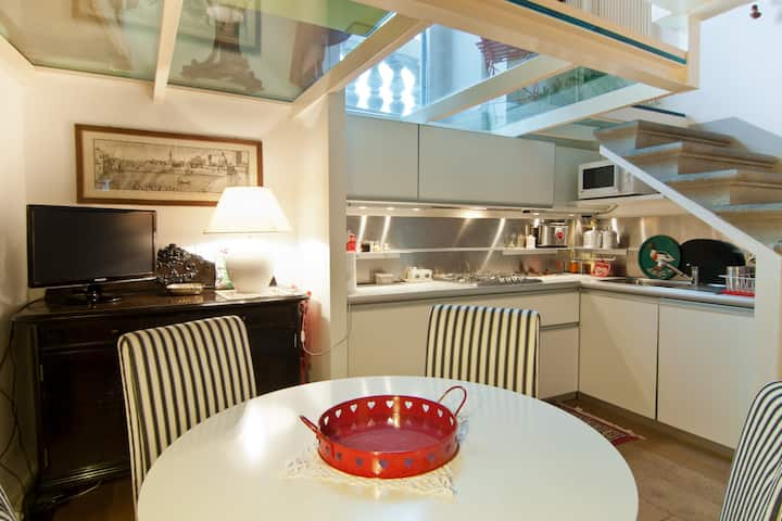 Exclusive Top Floor Loft in the Centre of Florence