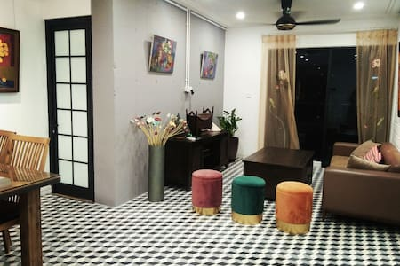 Indochine style apartment
