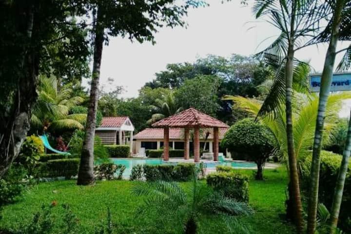 Villa Lucita Río Dulce, Izabal