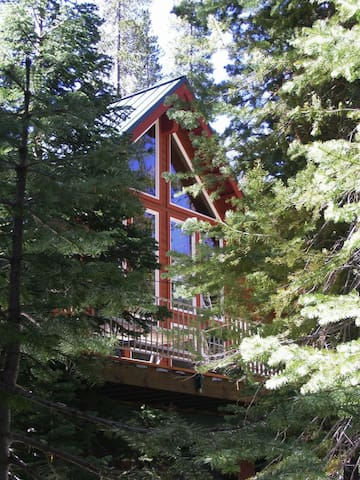 *NO GUEST SERVICE FEE* High Sierra  Mountain Retreat