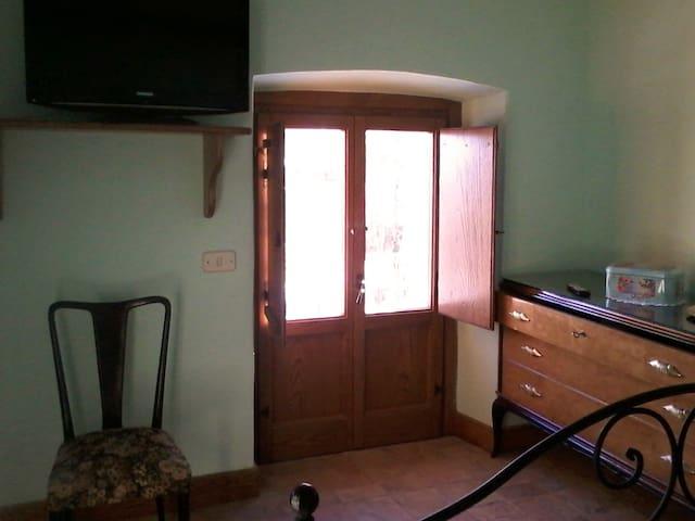 Camera Matrimoniale Standard - San Donato Val di Comino