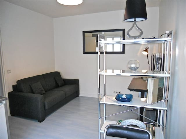 Paris - studio Madeleine - (Mobility lease)