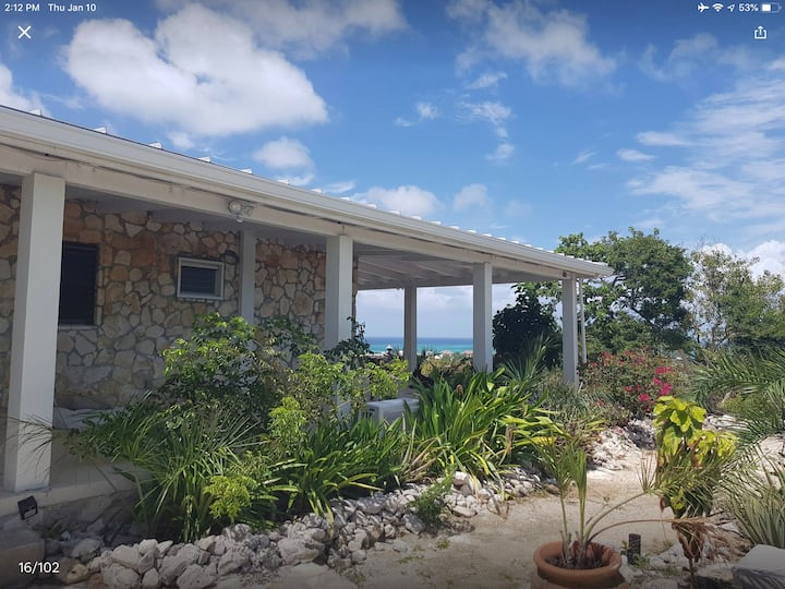 Villa Citadel -  Spectacular Turtle Cove