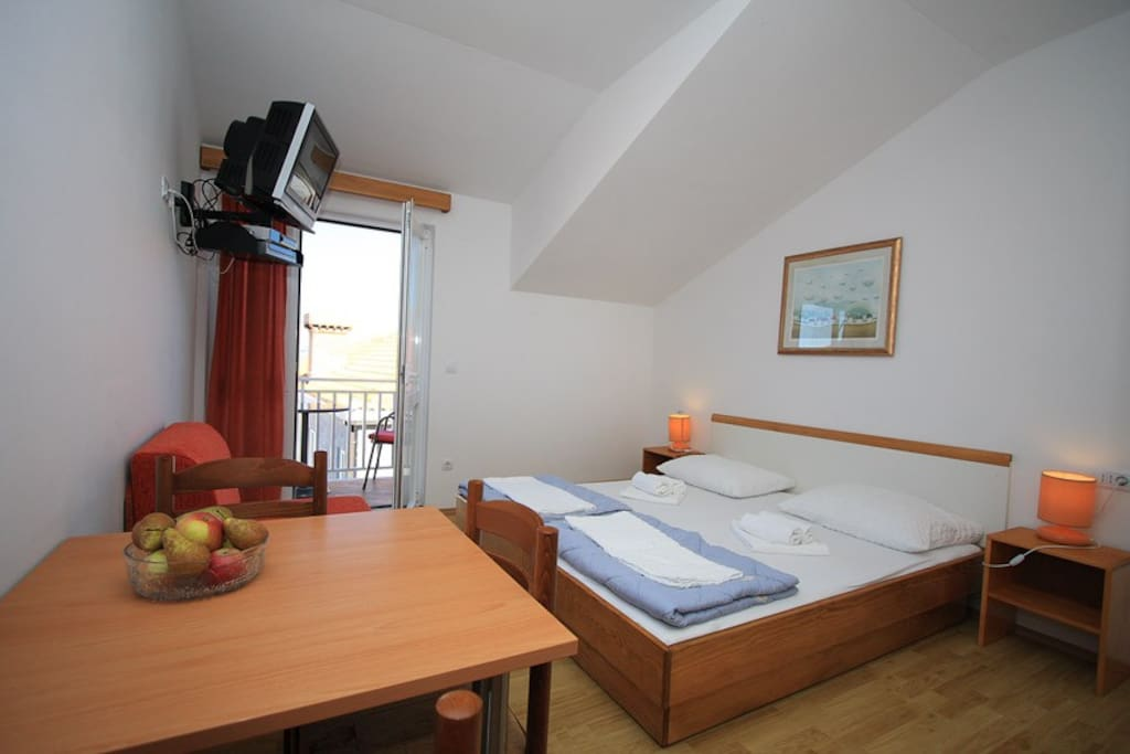 Double bedroom with sat TV