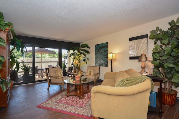 Green Turtle Cove Condominium, Jensen Bch. FL.