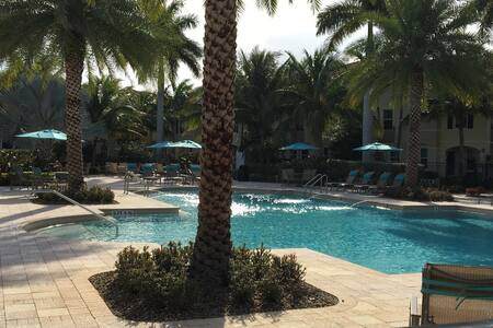 town home in condo 1 mile to beach - Delray Beach