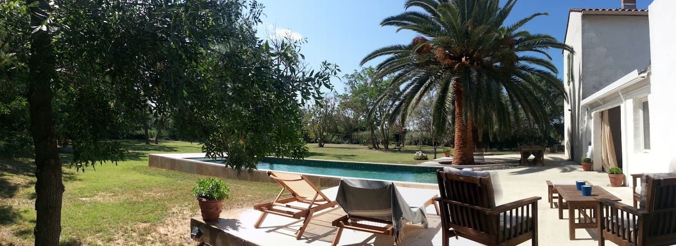House only 3 km away from the beach - Fleury D'Aude - Huis