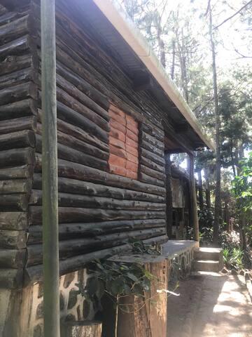 Cabaña Pipil en los Naranjos.