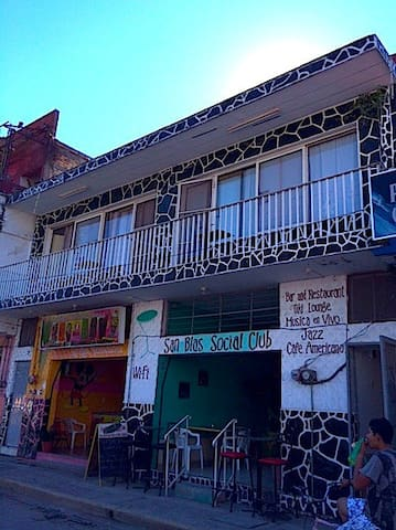 San Blas Social Club Apt A. with Upgraded Wifi - San Blas