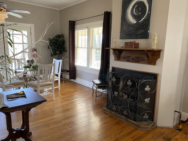 Eureka's Finest 2 BR Home in the Heart of Downtown Historic District