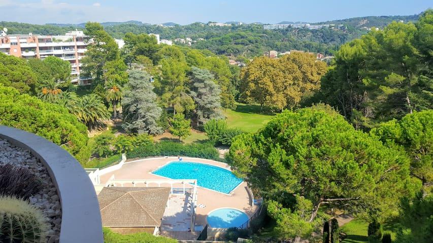 Magnifique 3 pièces à Cannes , wifi, piscine, golf