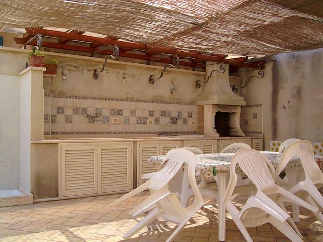 Casa singola con giardino a pochi passi dal mare - Francavilla al Mare - Casa