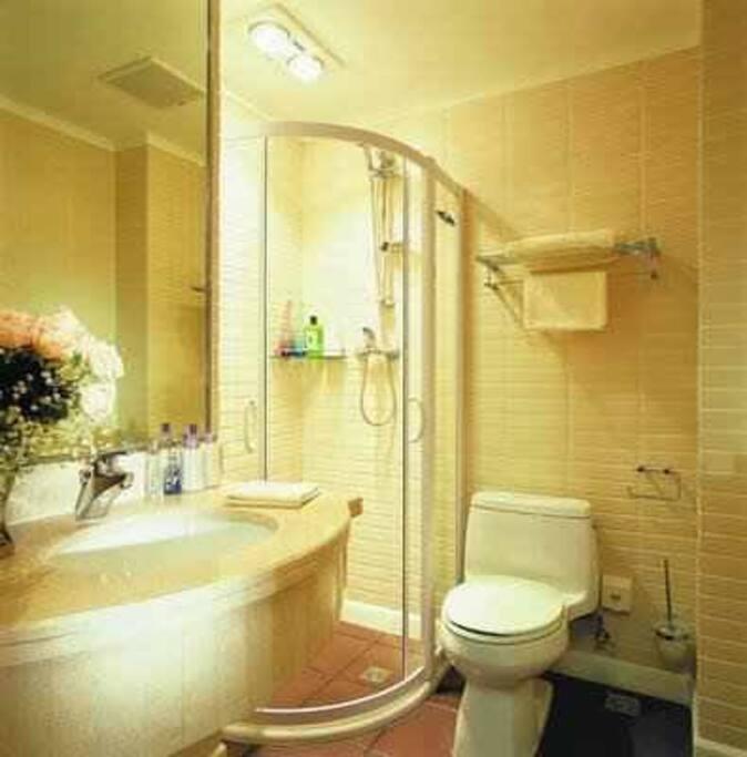可拎包入住 酒店提供毛巾洗浴用品