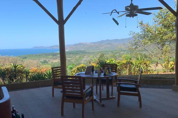 Nancita - private ocean-view hilltop house