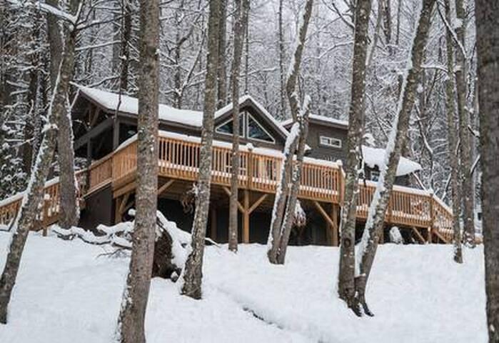 Guidebook for Pisgah Getaway Mountain cabin in Elk Park, NC