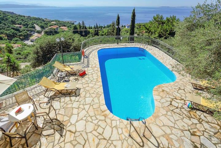 2 bed villa,sea-views, located near quaint village