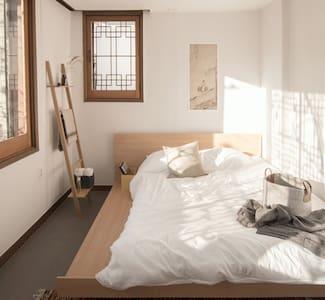 #2 Safe Garden House, Gangnam, Shinsa, Samsung