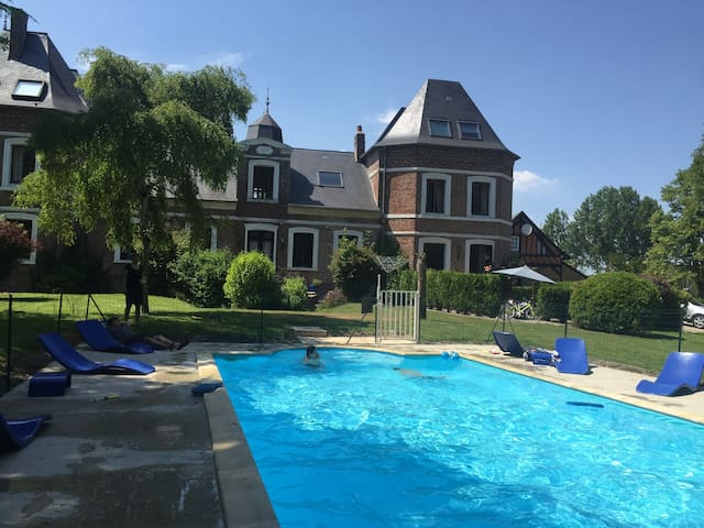 West Wing of Chateau with Heated Pool and Gardens - Grandcourt