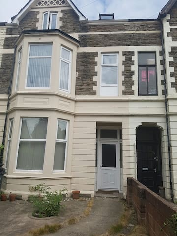 1 bed apartment 0.5 mile to town - Cardiff, Wales, GB - Leilighet