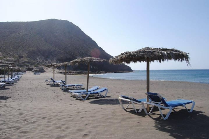 Medano Sotavento. Pool, Great Terrace and beach