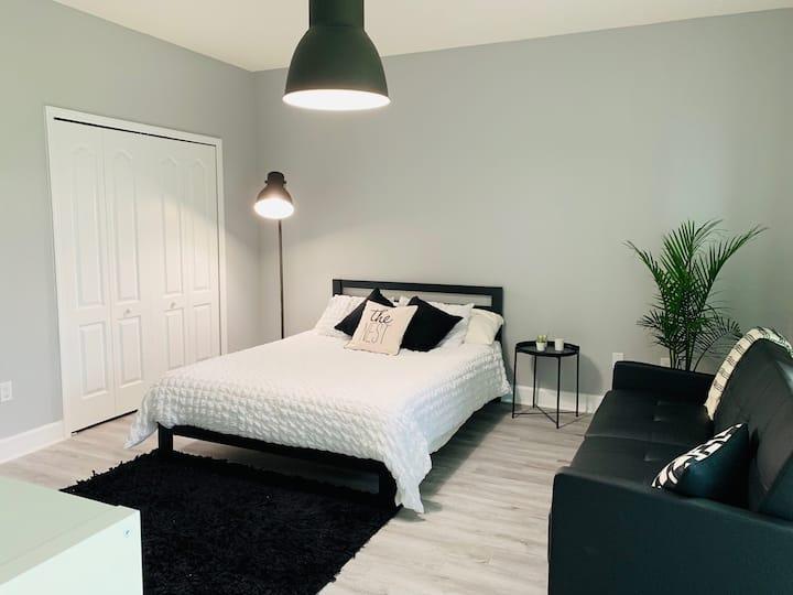 Cozy Private Bedroom in PRIME location
