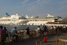 Holiday in Kusadasi in local family atmosphere.