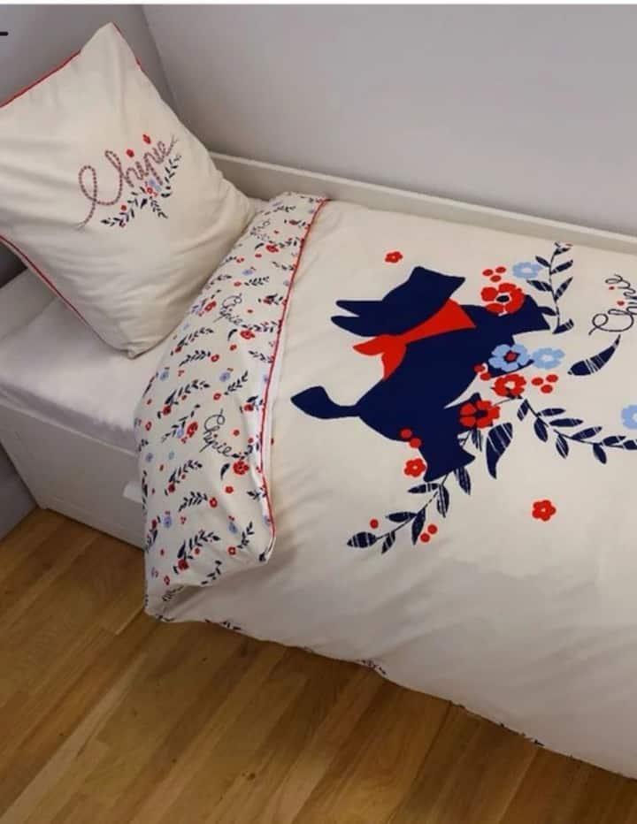 Chambre avec 2 lits simple