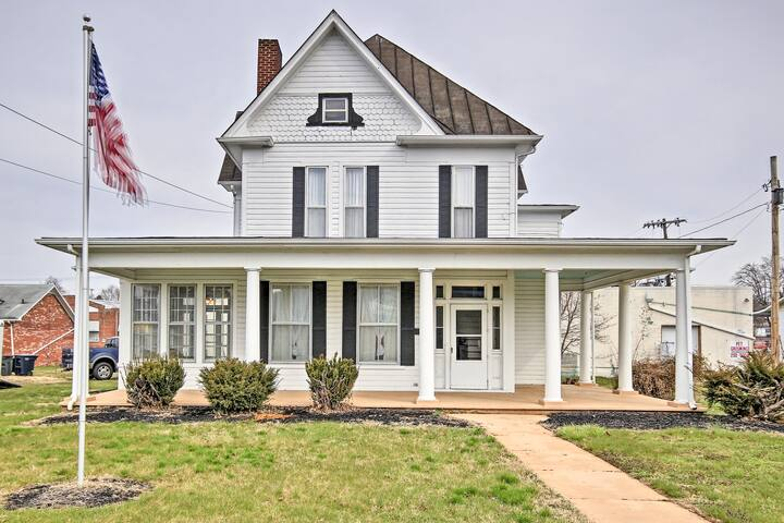 Historic Elkton Home Just 30 Mins to Harrisonburg!