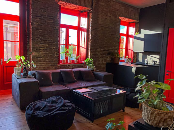 Loft style apartment in the heart of old tbilisi