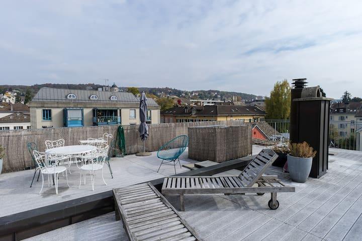 Beautiful rooftop in Zurich center!