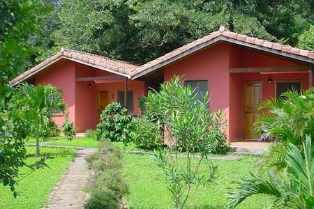 Bungalows Finca El Mirador - Tajo Alto, Miramar - ที่พักพร้อมอาหารเช้า