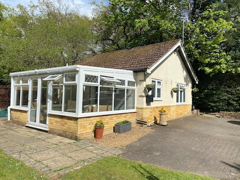 Beautiful Private Guest Annex in Frimley, Surrey