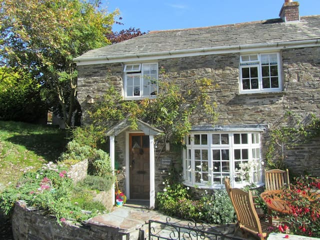Pretty 3 bedroom Cornish Cottage - Saint Minver - House