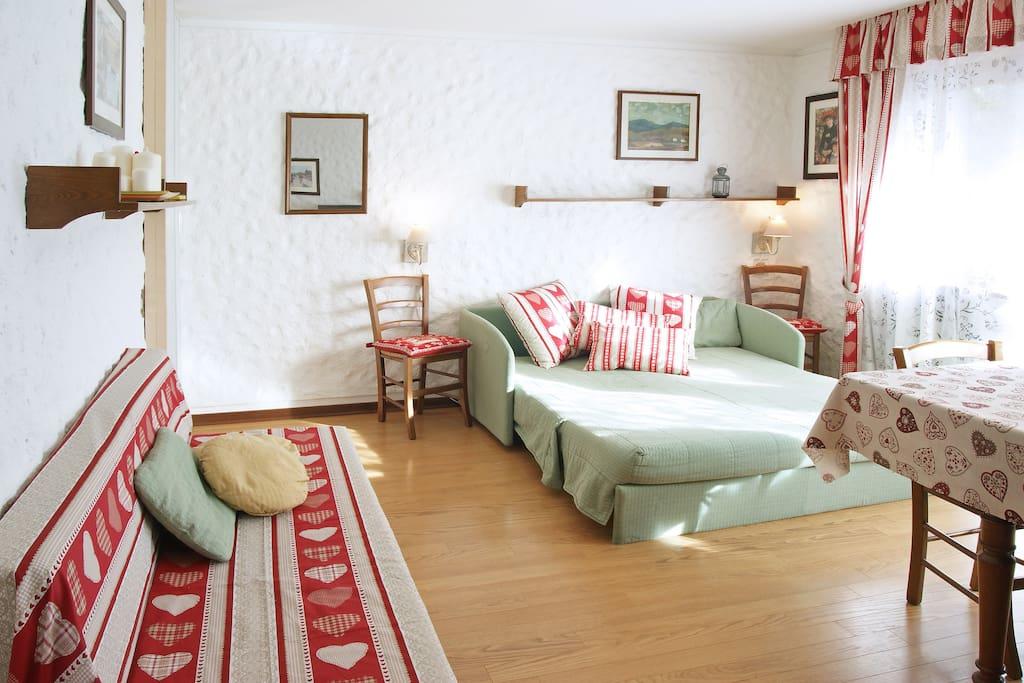 Con divano letto aperto