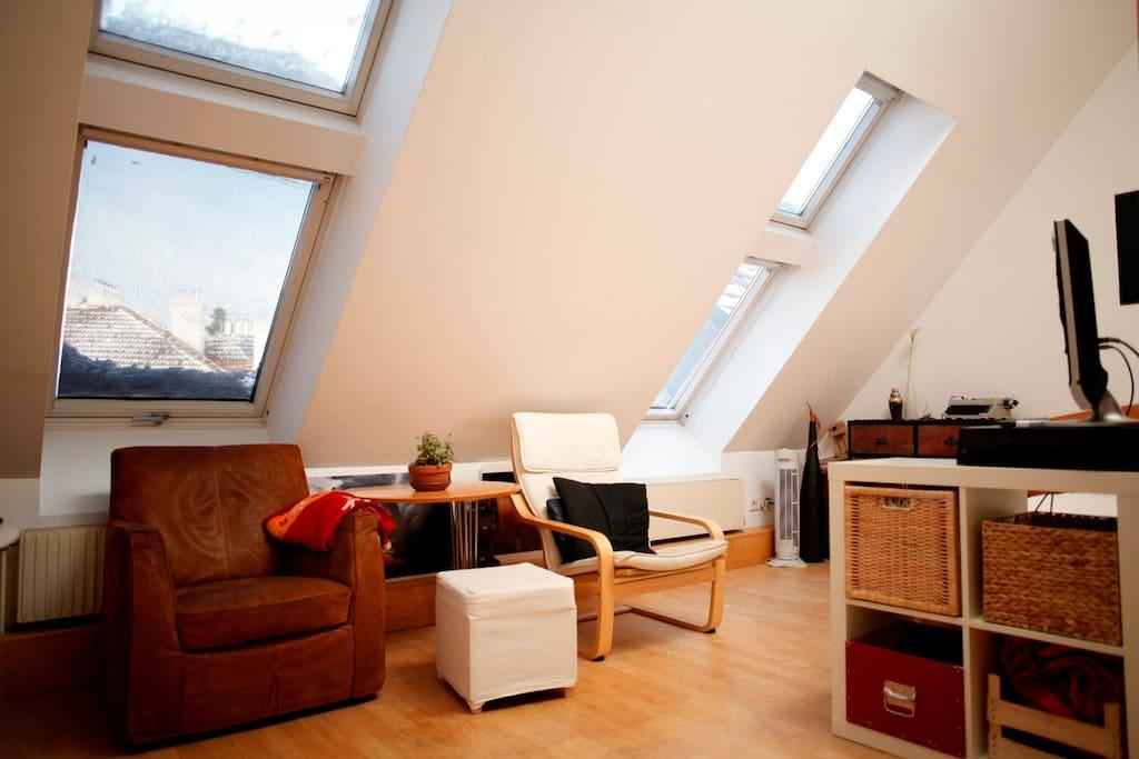 20qm private room roof terrace wohnungen zur miete in for Badezimmer 20qm