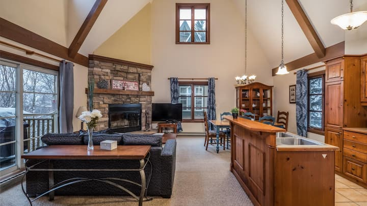 Ski In Ski Out Condo Complex with Amenities