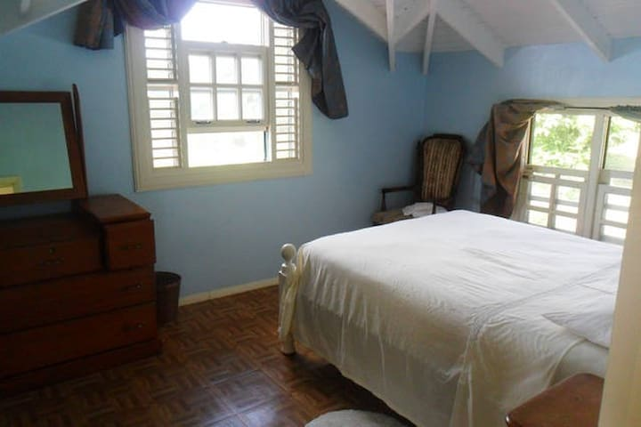 Sunset Room at Ezulwini Cottage - Bellevue - Bed & Breakfast