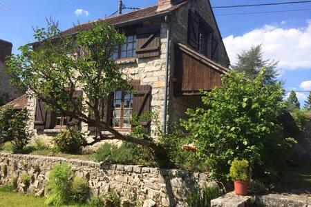 Le Vaudoue Village 3 pignon-forest - House