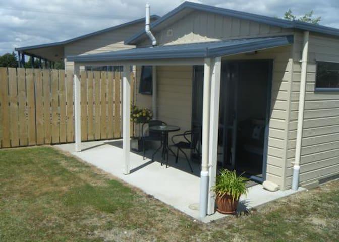 Huia's Nest - Manapouri - Maison