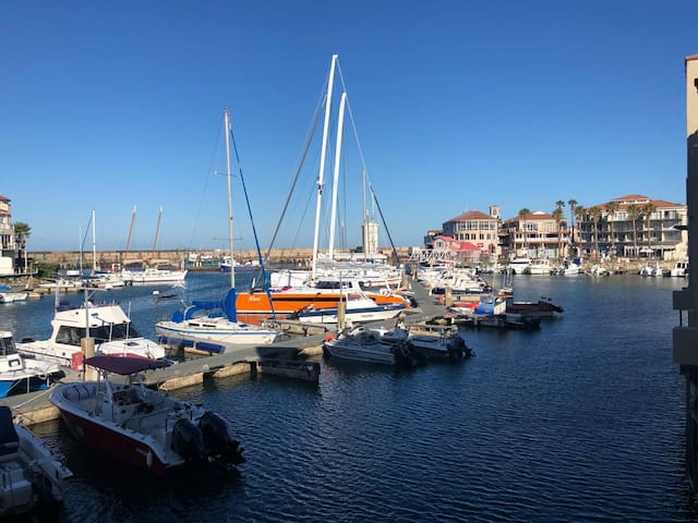 St Francis Bay, luxury upmarket harbour Apartment.