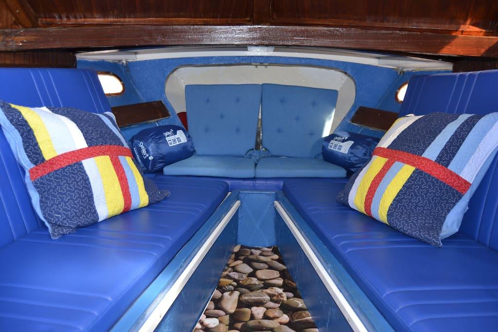 Inside - 2 individual berths