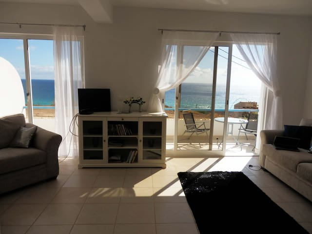 Ocean View House - Sao Vicente Island