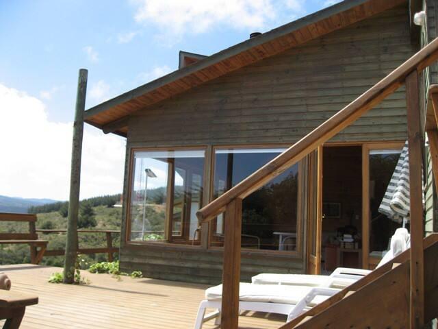 Tunquen preciosa casa con espectacular piscina