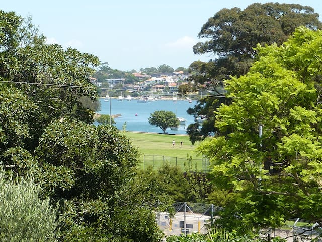 Rooms with a view in Rozelle Sydney - Rozelle - Huis