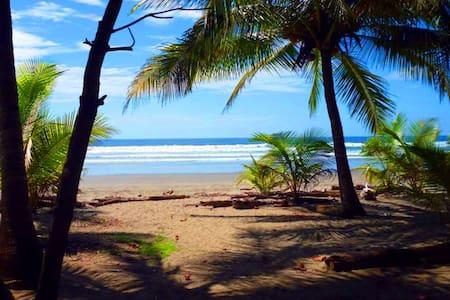 BeachFront House Guanacaste